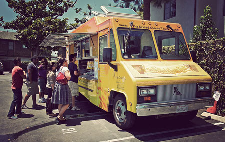 Image for Social media for food trucks: Building loyalty across North America